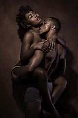 black-couple-having-sex